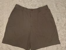 Studio works khaki green shorts size 14