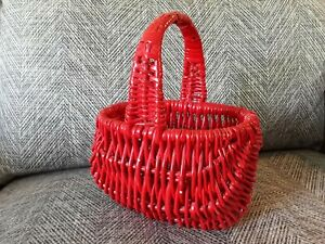 """VINTAGE RED WOVEN WICKER BASKET SMALL pegs fruit shop display 10 x 13"""" storage"""