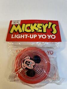 Vintage Yo-yo Walt Disney Mickey Mouse Red  Light Up Yoyo New and Sealed A4