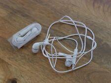 Samsung Manos Libres Auriculares Audífonos Oído Interno Con Micrófono a estrenar en paquete