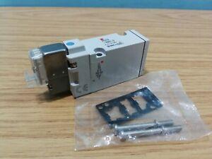 SMC Air Pneumatic Miniature Solenoid Directional Valve SYJ714-5LOU-Q 24VDC  *