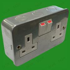 2x 2 Toma Metal Clad Conmutador 13a doble Red Eléctrica GB 3 Pin Pared