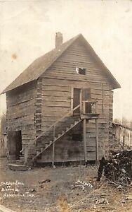 H71/ Nashville Indiana RPPC Postcard c1923 Hewn Log Cabin Jail Brown Co 147