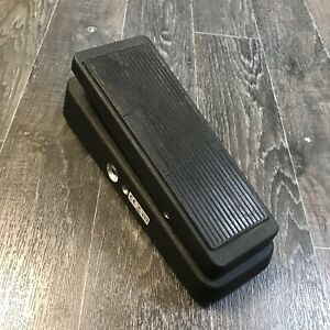Jim Dunlop GCB95 Cry Baby Wah Guitar Effects Pedal - Black