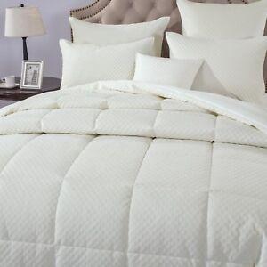 DaDa Bedding Velvet Eggshell White Tufted Stitched Duvet Quilted Comforter Set