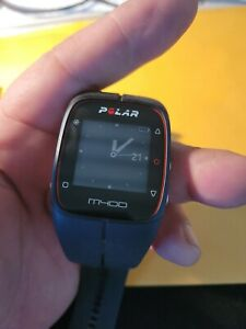 Polar M400 Running Watch with GPS - Black W/Charger