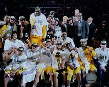 Los Angeles Lakers 2009-10 Team Pose NBA Licensed Unsigned Glossy 8x10 Photo L