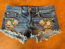 American Eagle Embroidered denim shorts size 0 Totally awesome !!!