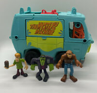 Fisher-Price Imaginext Scooby-Doo Transforming Mystery Machine & 3 Figures