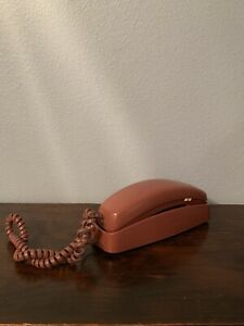 VTG AT&T 210/93040 Push Button Single Line Corded Phone