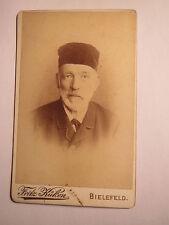 Bielefeld - Prof. Kollmann als alter Mann mit Bart & Mütze - Portrait / CDV