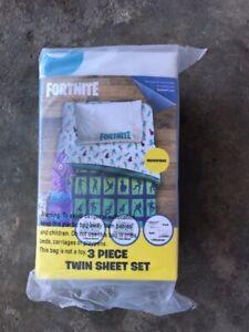 Fortnite Llama 3 Piece Microfiber Boys Twin Sheet Set - NEW