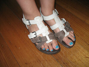 EFFEGIE  women girls sandals leather size-38,39.40 size- white and brown/beige