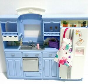 1994 Mattel Barbie SO MUCH TO DO KITCHEN & Accessories Lot FOOD  APRON  PURSE