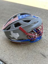 Used Looks Very New. Cascade R Lacrosse Helmet