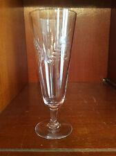 Flute à champagne en cristal décor épis de blé gravé à la roue Circa 1910