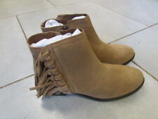LADIES SUEDE BOOT SIZE 6