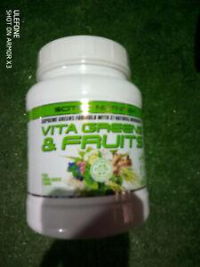 VITA GREENS & FRUITS (600g) - Scitec Nutrition DLU 09/22