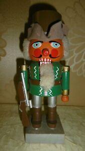 alter Nussknacker-Jäger mit Flinte Holz Erzgebirge-Weihnachten