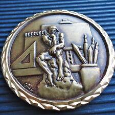 Belle Médaille Signé Celmär France Bronze Doré Vernis Diam: 6 Cm A.P.E.P. Boîte