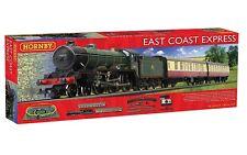 Hornby R1214 East Coast Expreso Conjunto Tren West Ham United Locomotora de