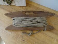 U3098 Alte Wäscheleine auf Spindel - Strick - Seil