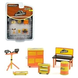 """Greenlight 1:64 Shop Tool Accessories """"ArmorALL"""""""