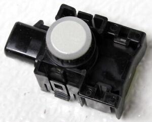 OEM Toyota Highlander Object Sensor 89341-0E020-A0 Blizzard Pearl (070)