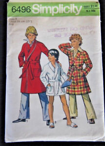 Simplicity 6496 Boys robe in two lengths cut pattern Size 6 Chest 64cm