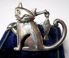 Adorable Vintage Jewellery Solid 925 Sterling Silver Cat & Fish Shawl Pin Brooch