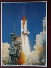 POSTCARD SPACE SHUTTLE DISCOVERY CLEARS LAUNCH PAD 39B