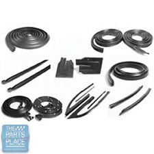 1966-67 Chevrolet Chevelle / Malibu Weatherstrip Seal Kit - 14 Pieces
