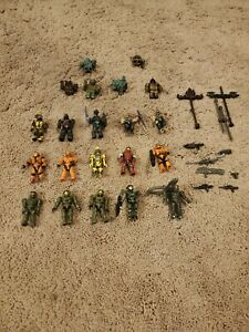 MEGA BLOKS CONSTRUX HALO UNSC LOT OF 15 MINI FIGURES WITH WEAPONS AND PARTS LOT