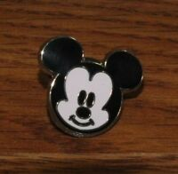 Walt Disney 2010 Baby Smiling Mickey Mouse Head Collectible Pin / Brooch!