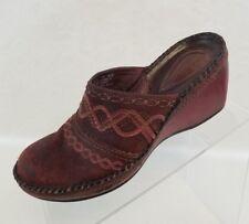 Clarks Artisan Mules Wedge Womens Burgundy Nubuck Leather Slip On Shoes Size 7M