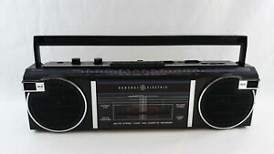 Vintage General Electric Black Boombox Radio Cassette 3-5623A **For Parts Only**
