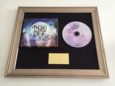PERSONALLY SIGNED/AUTOGRAPHED NIKI AND THE DOVE - INSTINCT CD PRESENTATION. RARE
