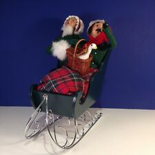 Byers Choice Carolers COUPLE IN SLEIGH WITH GOOSE IN BASKET Plaid Blanket
