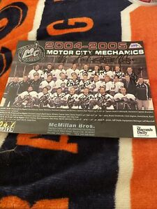 UHL MOTOR CITY MECHANICS HOCKEY, Extremely Rare AUTOGRAPHED 2004-2005 TEAM PHOTO
