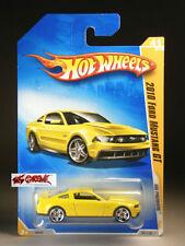 Hot Wheels 2009 #041 2010 Ford Mustang GT YELLOW,PR5,INTL