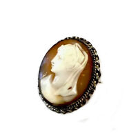 VINTAGE Silver TONE & CARVED SHELL CAMEO BROOCH Gift Boxed