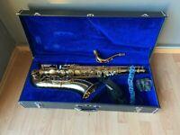 Antigua Winds Tenor Saxophone LT1082086 mit Koffer