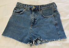 "TOPSHOP UK 6 W 28"" Mom High Waisted Denim Light Wash Blue Frayed Shorts VGC"