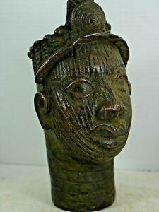 VERY DECORATIVE AFRICAN BRONZE BUST BENIN INTEREST L@@K RARE