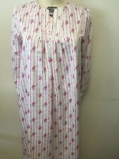 NWOT CAROLE HOCHMAN FULL LENGHT ROBE SIZE SMALL