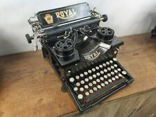 COLLECTIBLE TYPEWRITER ROYAL 10 EARLY #178.696 - NO RISK WITH SHIPPING
