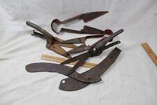VINTAGE GRASS CLIPPER Cutting Metal Gardening Shears tools