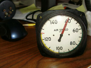 Piper PA-12 PA-15 PA-17. White face airspeed indicator.