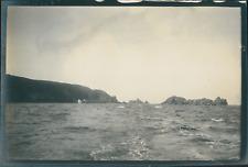 Europe, Vue des rochers prise depuis un bateau, ca.1903, vintage silver print Vi