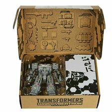 HASBRO TRANSFORMERS GENERATIONS WFC - E33 DELUXE CENTURION DRONE WEAPONIZER PACK